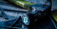 Bitcoin narrowly avoided a huge plunge with this rare technical setup