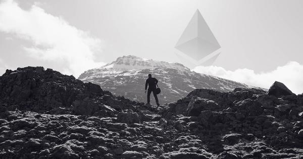 Almost 70 percent of Ethereum addresses are at a loss, but HOLDing is at an all-time high