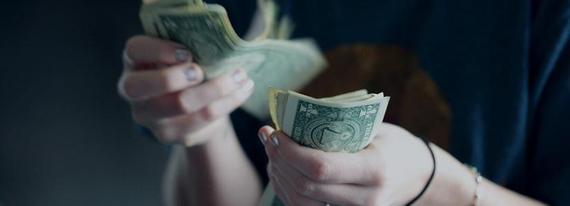 Study: 76% of Americans don't want to give up their paper money