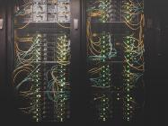 Craig Wright wants Bitcoin SV (BSV) to scale inside centralised data centres