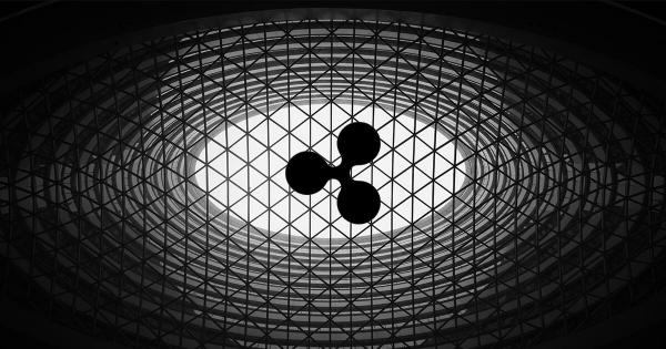 "Ripple (XRP) CEO ""is in awe"" of China's crypto and blockchain approach"