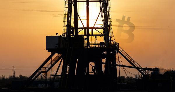 Early Bitcoin advocate explains how falling oil markets mean profits for America and China BTC miners