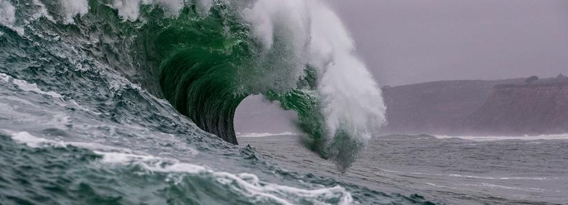 "If any of these 3 crypto firms collapse, a ""tsunami"" will ensue: analyst"