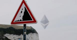 Ethereum's daily active address count is flashing a major warning sign for ETH