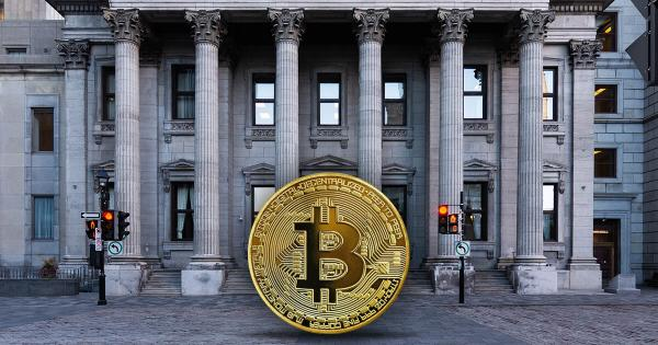 Swiss bank UBS ponders offering Bitcoin investments to wealthy clients
