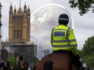 """UK bans Luno's 'time to buy Bitcoin' ads, calls them """"irresponsible"""""""
