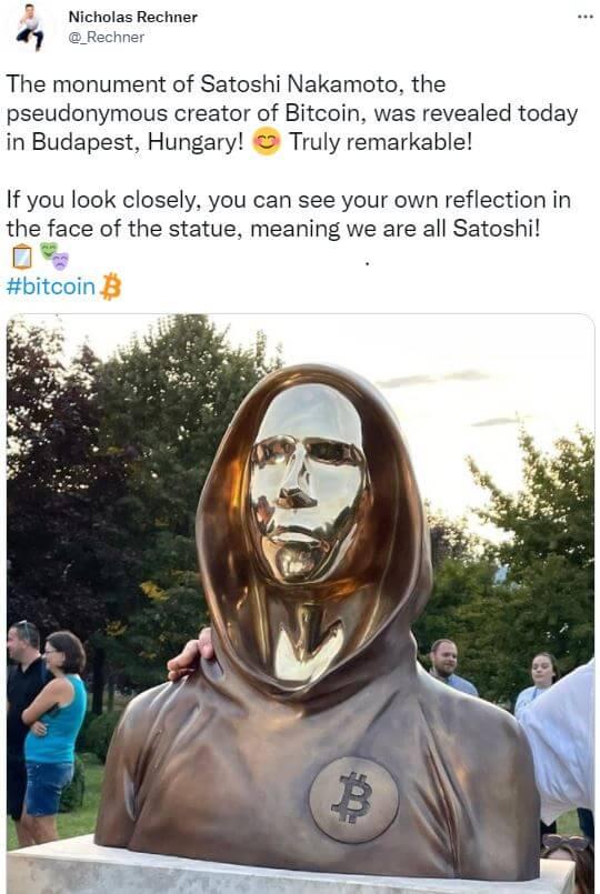bitcoin-statue